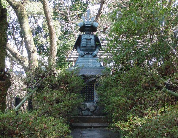 藤森神社 神鎧像