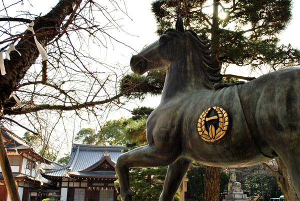 藤森神社 神馬像