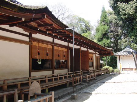 宇治上神社 拝殿裏