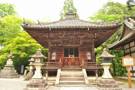 石山寺 毘沙門堂