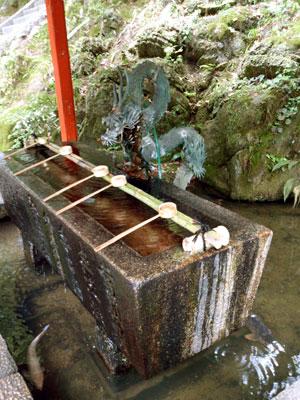 石山寺 手水舎