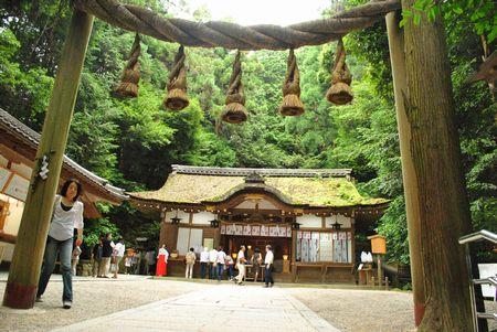 狭井神社 本殿