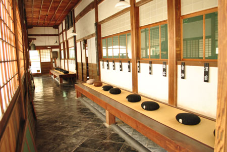 興聖寺 僧堂