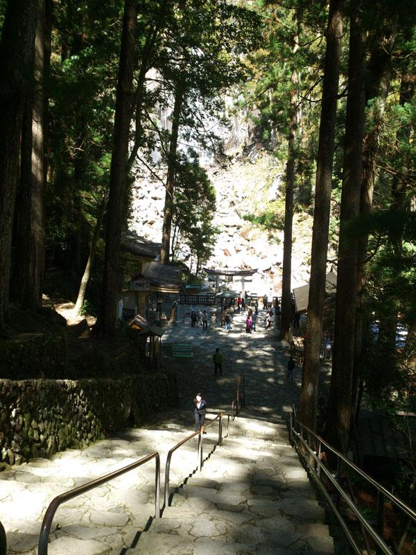 飛瀧神社 階段