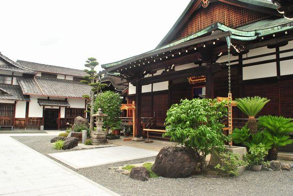 長円寺 本堂