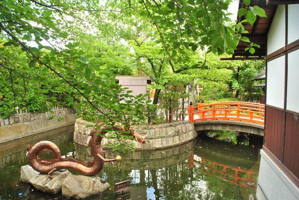 壬生寺 放生池