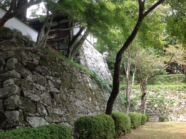 西教寺 石積み