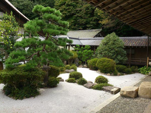 西教寺 庭園