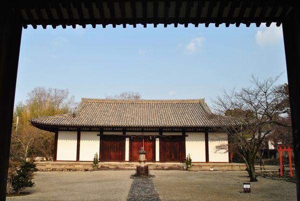 新薬師寺 本堂