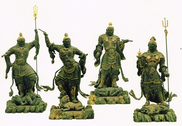 四天王立像