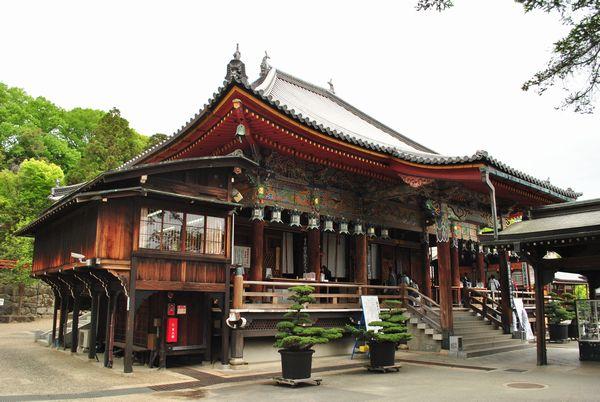 中山寺 本堂