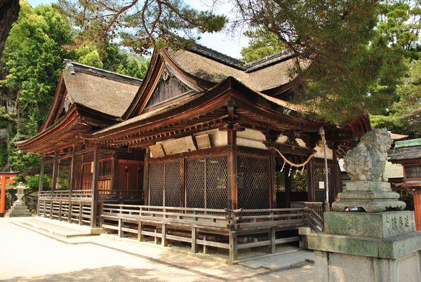 白鬚神社 拝殿