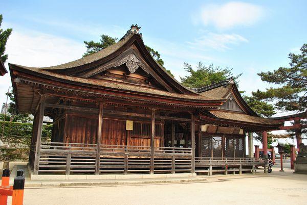 白鬚神社 本殿
