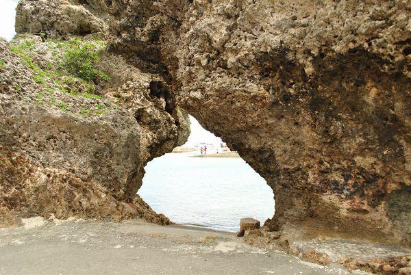 浜比嘉島 岩