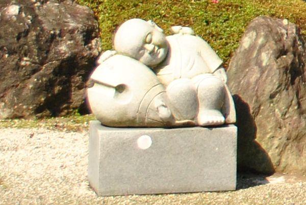 極楽寺 子供像