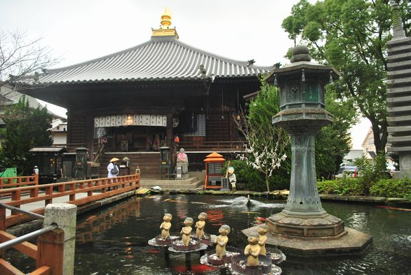霊山寺 泉水池