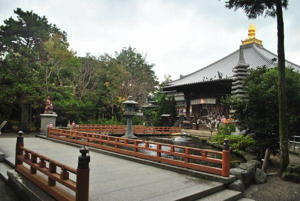 霊山寺 境内