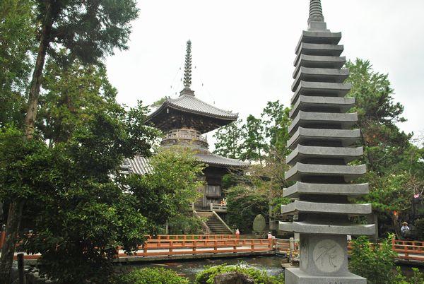 霊山寺 多宝塔