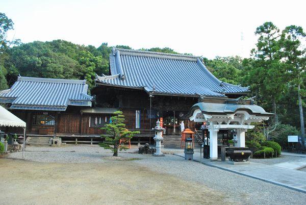 金泉寺 本堂
