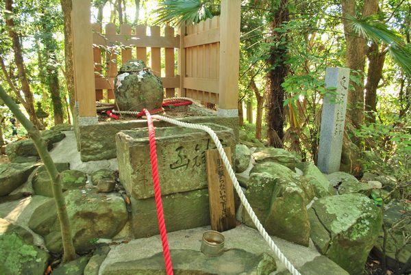 おのころ島神社 せきれい石