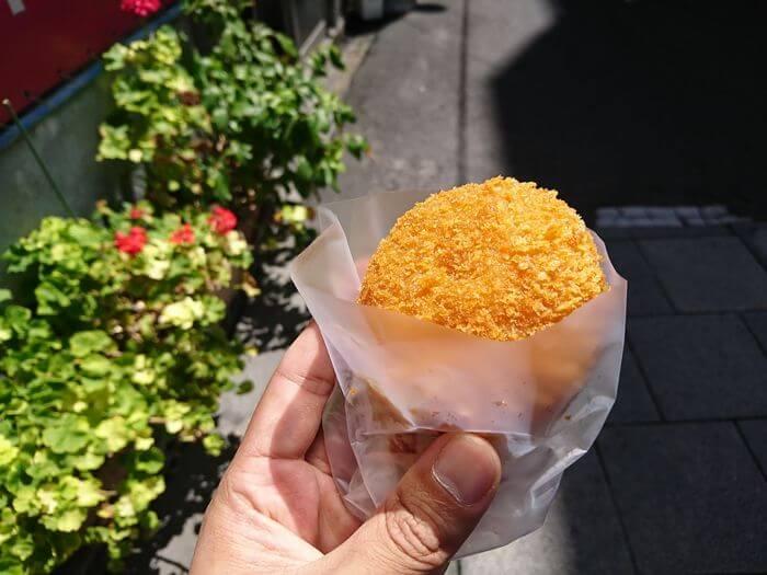 平岡精肉店 肉コロッケ