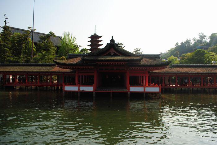 厳島神社 客神社本殿