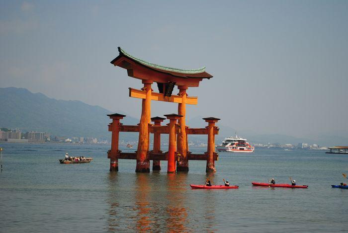 厳島神社 ろかい船