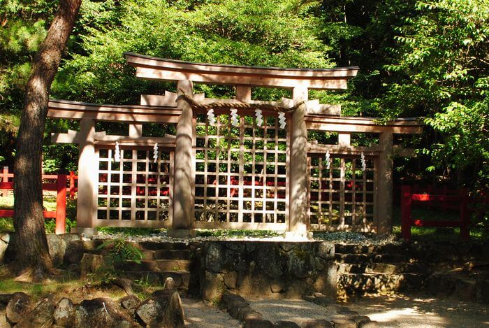 檜原神社 三ツ鳥居